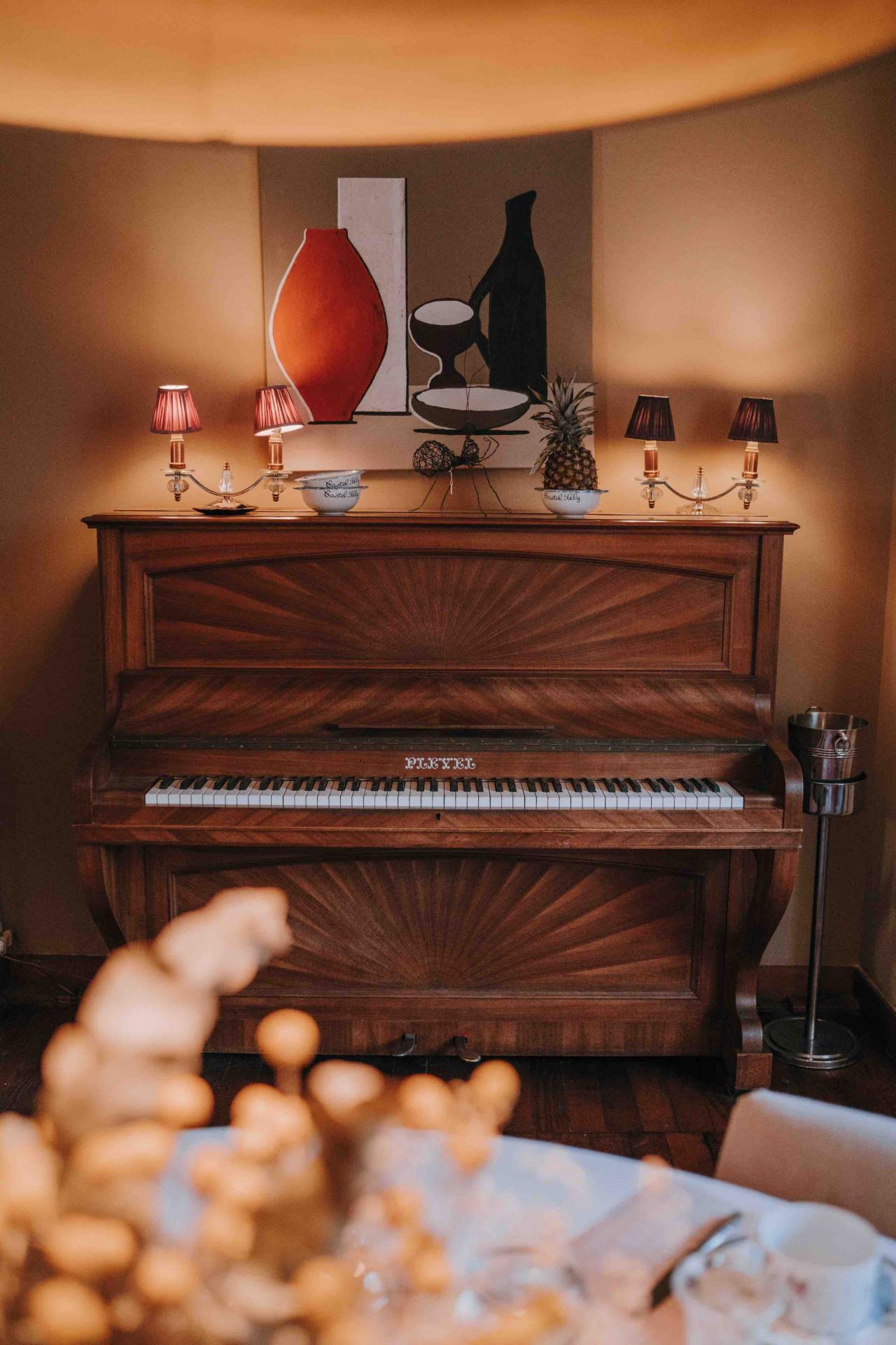 Piano pleyel salon musique
